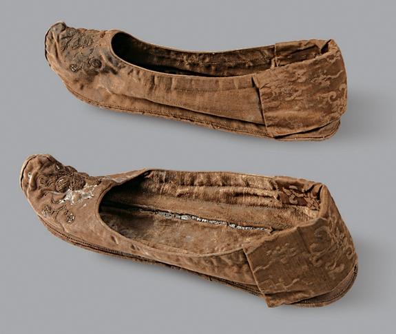 жіночпе взуття